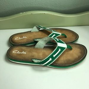 Clarks Sandals Flip flops women size 10M beautiful